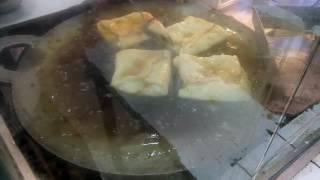 Making of mughlai parata Raw video : মোঘলাই পরটা ভাজা (ঘরোয়া রেস্টুরেন্ট)