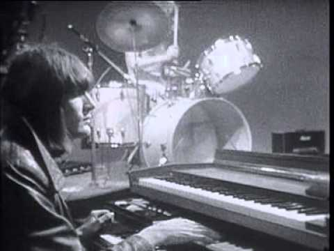 "Soft Machine - ""Pigling Bland""/""Facelift"" Live on French TV 1969"