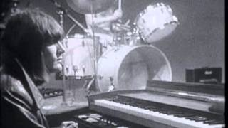 """Soft Machine - """"Pigling Bland""""/""""Facelift"""" Live on French TV 1969"""