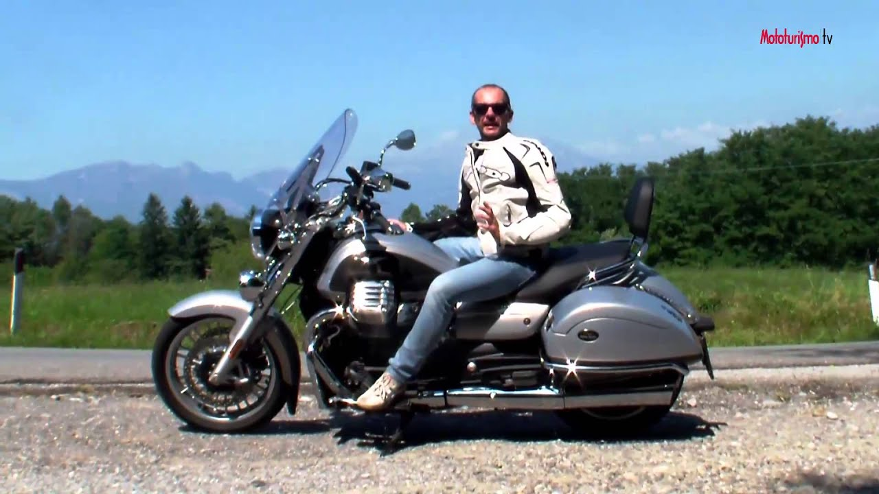 mototurismo in prova moto guzzi california 1400 touring se 2015 youtube. Black Bedroom Furniture Sets. Home Design Ideas