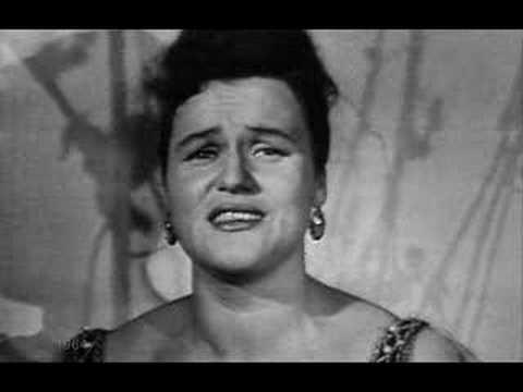 Ludmila  Zykina - фрагмент  песни  Течет  река  Волга