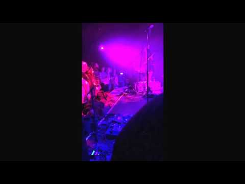 Blonde Redhead - Misery Is a Butterfly live clip @ Le Poisson Rouge 01/09/2016