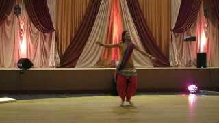 Nagada Sang Dhol and Bhangra dance at Sangeet