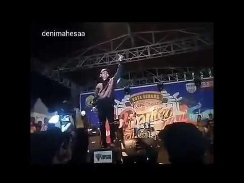 Parah !!! Konser YOUNG LEX di Serang - Banten, Sebut Penonton ANJING