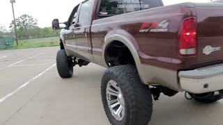 lifted powerstroke vs duramax