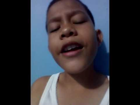 Anak anak sedang menyanyikan lagu dedap durhaka
