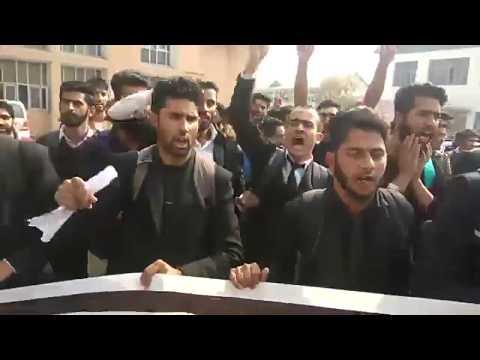 Kashmir University Students Union KUSU protest 30-10-17