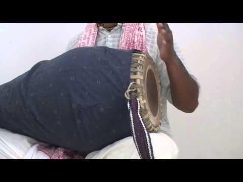 Madhava Das - Khol lesson - Daspahira Taal Variations (Prabhupada Beat)