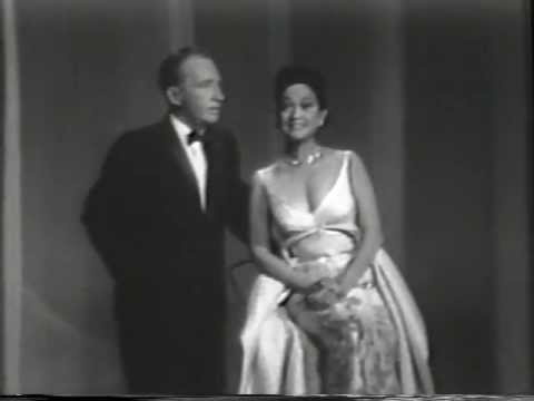 Bing Crosby & Dorothy Lamour - Hollywood Palace Medley