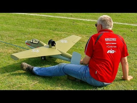 RC HEINKEL HE-162 SALAMANDER VOLKSJÄGER WITH EDF ENGINE FLIGHT DEMONSTRATION