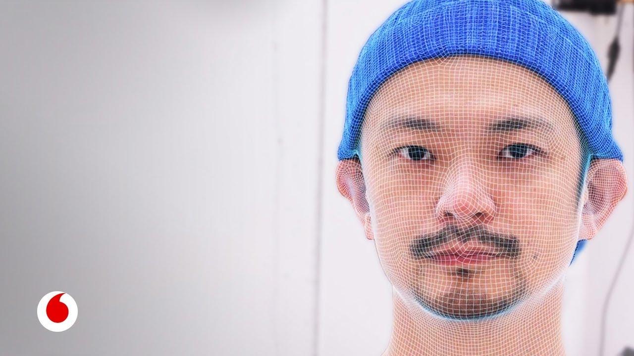 Así crea sus obras Daito Manabe, el artista digital más importante de nuestro tiempo