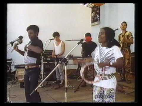 NGARIMBA - CHINX  & ILANGA  - ZIMBABWE