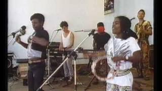 Ngarimba CHINX ILANGA - ZIMBABWE.mp3