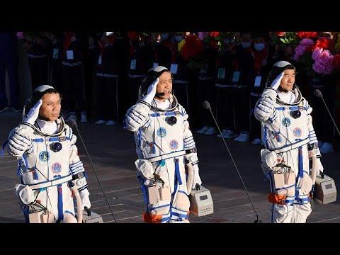 أول قاطني محطة الفضاء الصينية يعودون إلى الأرض بعد أمضوا فترة قياسية في الفضاء…  - نشر قبل 14 ساعة