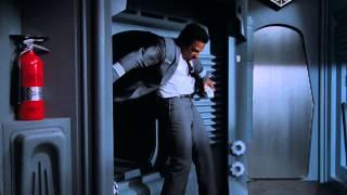 Аэроплан 2: Продолжение. Космический вальс