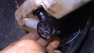 Моторчик омывателя лобового стекла не работает Mazda 323 F