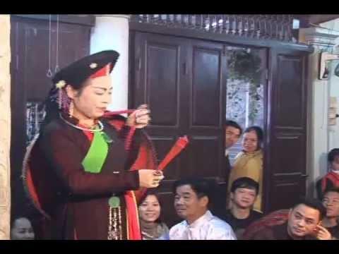dong thay Tran Thi Trung hau gia ba chua kho ngay 22-02-NT Tai Phu Da Nam Dinh.flv