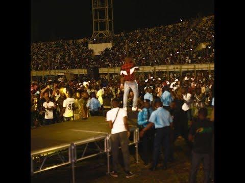 Davido Brings Out Massive Crowd in Cotonou, Benin