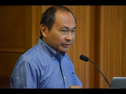 Fukuyama leads economic development case study at Stanford