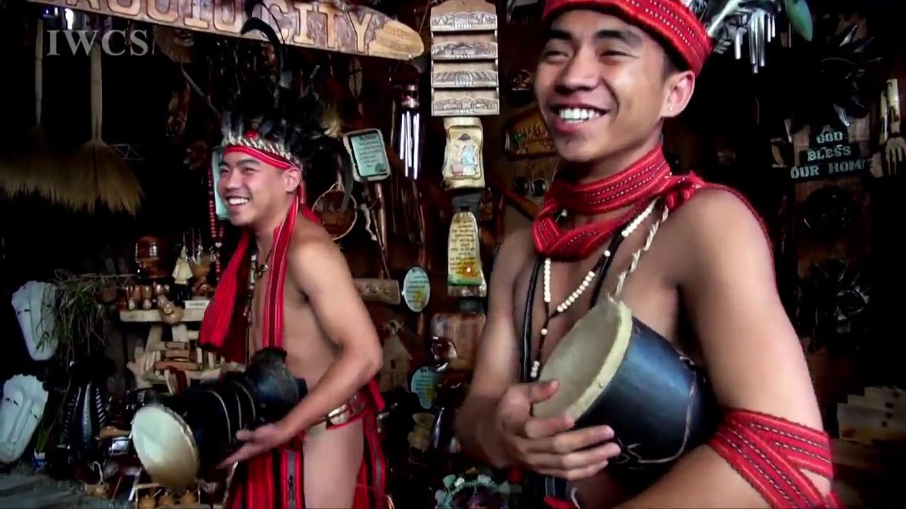 The lifestyle of Mountain Tribe in the Philippines - YouTube