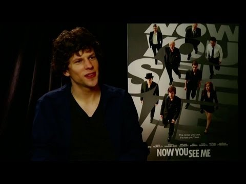 Jesse Eisenberg Calls Reporter 'The Carrot Top Of Interviewers'