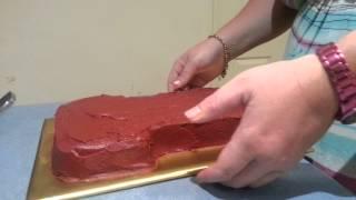 Easy DIY Cake Decor : Broncos jersey cake