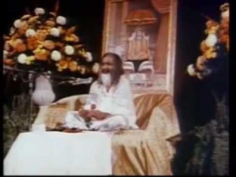 Maharsihi Mahesh Yogi - La Naturaleza de la Mente es Ir Hacia Mayor Felicidad