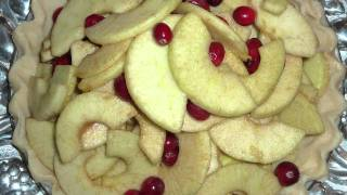 How to Make Cranberry Apple Harvest Pie Recipe for Your Thanksgiving Dinner  Pottery Barn