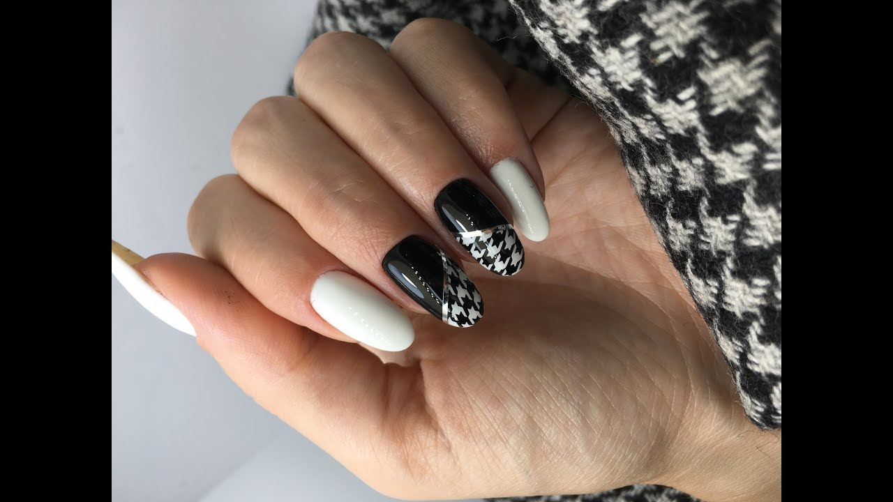 Stamping nail art designs trends autumn/winter 2019 2020