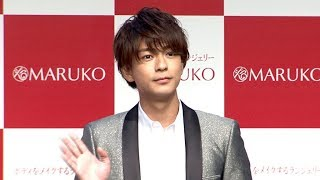 俳優の三浦翔平が、補整下着ブランド「MARUKO」の新CM発表会に...