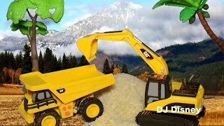 Mini Movers Dump Truck & Excavator by Caterpillar Move Grains at Harvest Toy Review