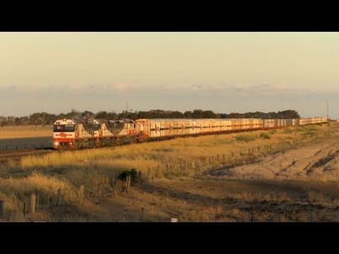 Long SCT Freight Train from Melbourne to Perth - PoathTV Trains & Australian Railroads