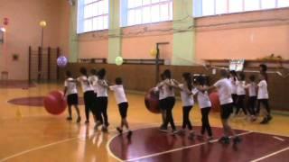 Урок физической культуры в 3 классе
