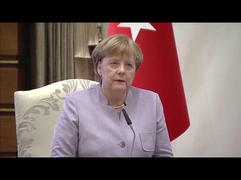 """Merkel in Ankara: """"Opposition gehört zu einer Demokratie"""""""
