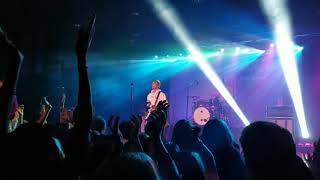 Waterparks (Live) - Blonde / 11:11