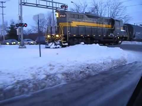 Jackson & Lansing Railroad (ADBF): GP9 high nose trackside, AWESOME! (watch in 480p)