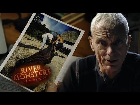Hunting The Malaysian Lake Monster - River Monsters