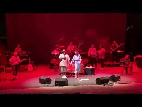 Zeynep Bastık Ft. Tepki - Denedim (live @Bodrum Antik Tiyatro)