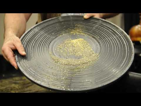 Yukon Dan shows you how to gold pan, proving there's still money in mining