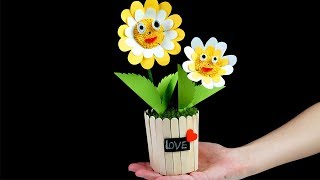 How To Make a Paper Flower Vase With Ice cream Stick - Making Paper Flowers Step by Step -