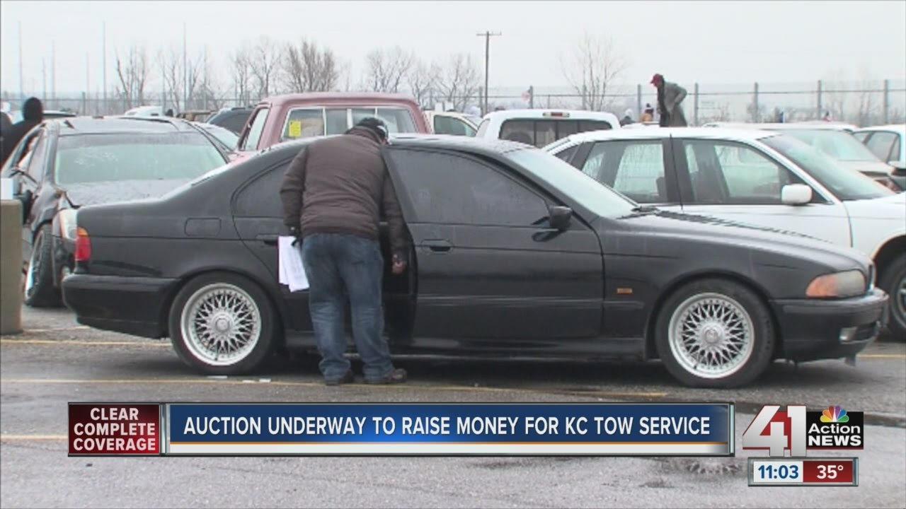 Auction underway to raise money for KC tow service - YouTube