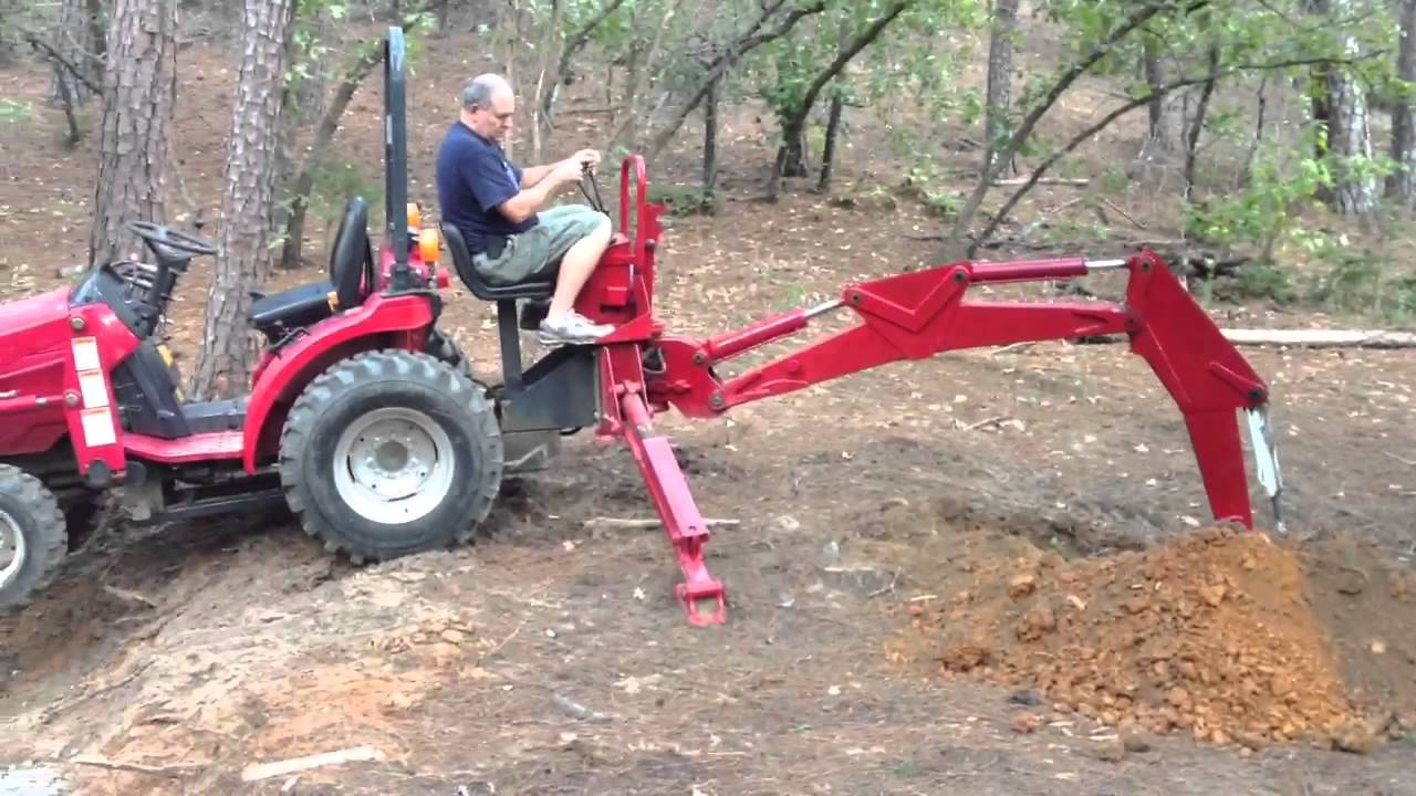 Mahindra 2015 Digging With Backhoe Youtube