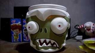 Cubeta  palomitas Act ll del zombie yeti (Plantas contra zombies)