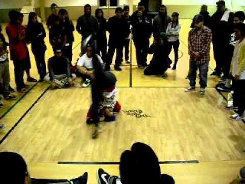 Download Fidget Freedom vs WondaWoman - Take The Floor 2011