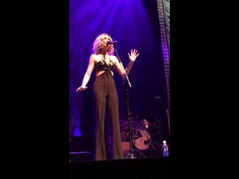 Jennifer Nettles - Salvation Works - Vegas