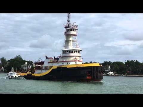 Cargo ship Columbia Elizabeth