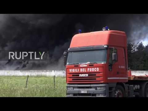 Italy: Thick smoke rises over Rome following rubbish depot blaze