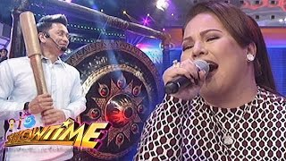 It's Showtime: Jhong gonged Karla's performance