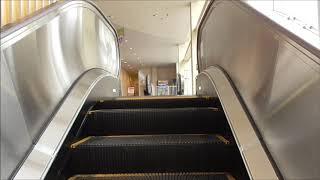 呉レクレのエスカレーター(東芝製)TOSHIBA escalator