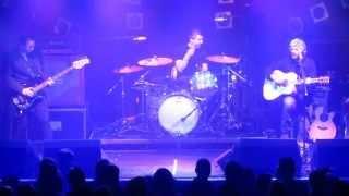 I Am Kloot - Masquerade Live